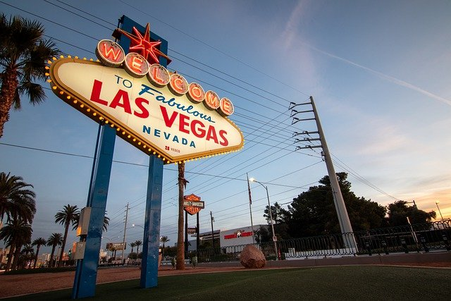 Why Vegas is the Best Place to Play Poker